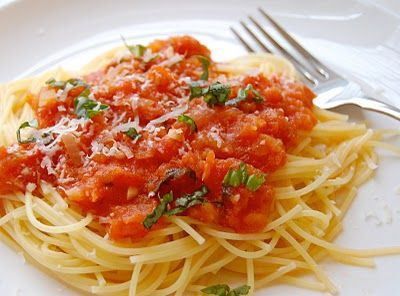 The Best Fresh Tomato Sauce Ever