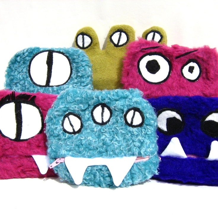#Alien-themed fun fur change #purses. By Alana Farmer of Random Pretty Things. Approximately $12. See more of her work at #DEAF2012!