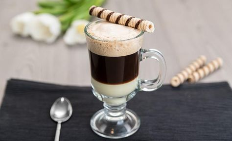Кофе БомБон (Café Bombón) - это изысканный испанский кофе. Прекрасно подойдет на завтрак и зарядит бодростью и хорошим настроением на целый день.