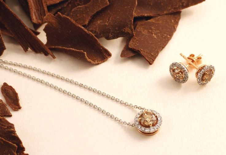 Chocolate diamond pendant and earrings from the Champagne du Chocolat Collection by Matthew Ely!