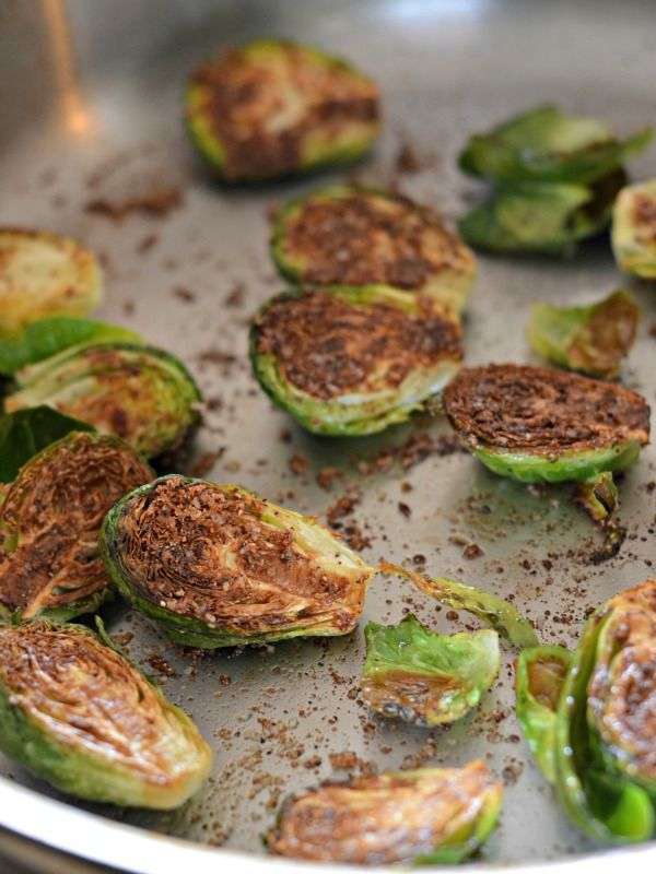 Perfectly browned brussels sprouts in 8 minutes. These are SO good and easy to make. Perfect every single time!  www.mountainmamacooks