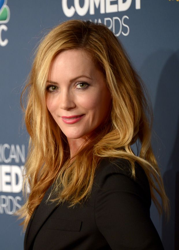 Leslie Mann - tousled honey auburn long hair @ the 2014 American Comedy Awards