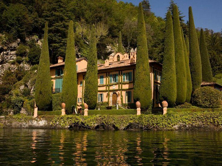 Vila La Cassinella, jezero Como, Itálie