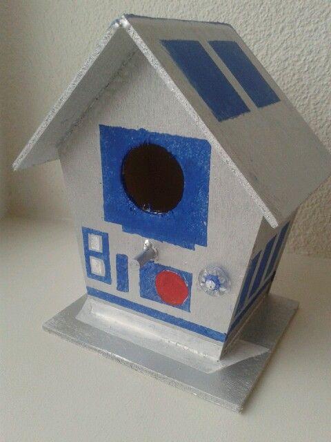 Vogelhuisje pimpen star wars r2-d2. Diy star wars birdhouse