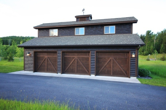 17 best images about log garages on pinterest 3 car for Barn style garages
