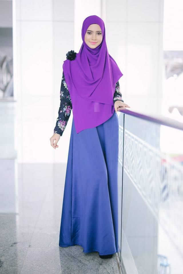 PROMO SET SHAWL+JUBAH  heart emoticon ZARA ENGLISH LACE JUBAH heart emoticon  Code : CHZE LJ (37) Dark Blue Price : RM199.00 including postage Size Available : XL only  Kindly PM us to order, tqvm