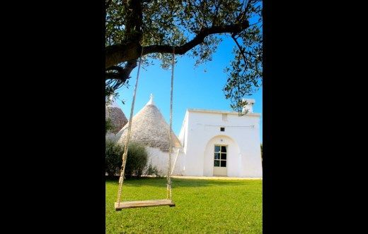 Trullo Rosmarino - Swinging in the shade!!
