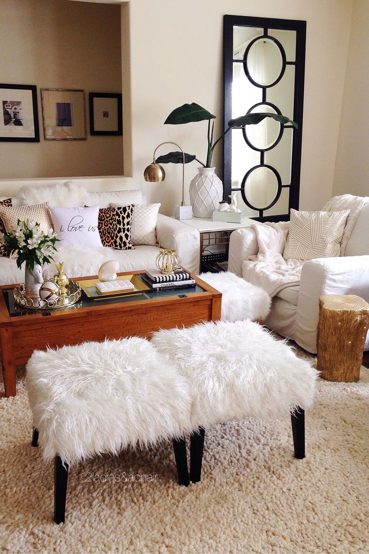 Accent Pieces For Living Room. Aug 4 Accent Pieces for the Fun of It  Small Living RoomsLiving Room Best 25 pieces ideas on Pinterest Coral room accents