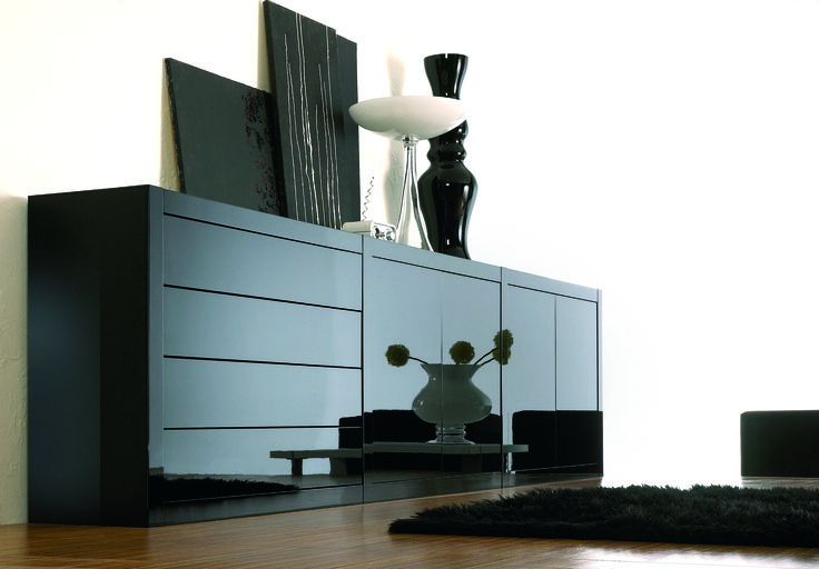 #Beautiful cabinet piece made with Black Pianovo Gloss, by #Niemann.