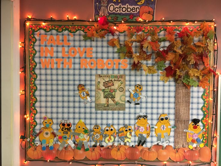October bulletin board pumpkin robots  http://guylainesplayhousedaycare.weebly.com/