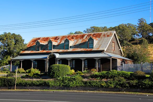 The work was completed before the visit of Sir George Ferguson Bowen, Queensland's new governor, in March 1860 when he stayed at the inn following a public banquet.