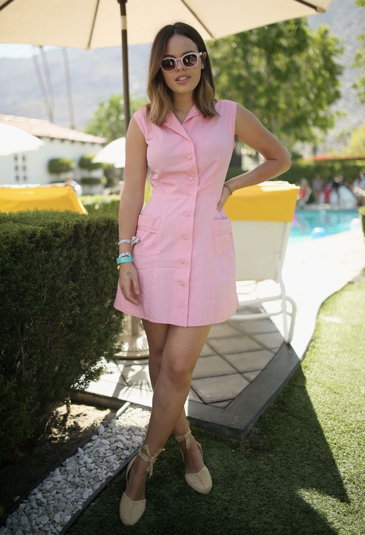 Atlanta de Cadenet Taylor wearing what is bound to become every gal's go-to beach/BBQ look this summer.