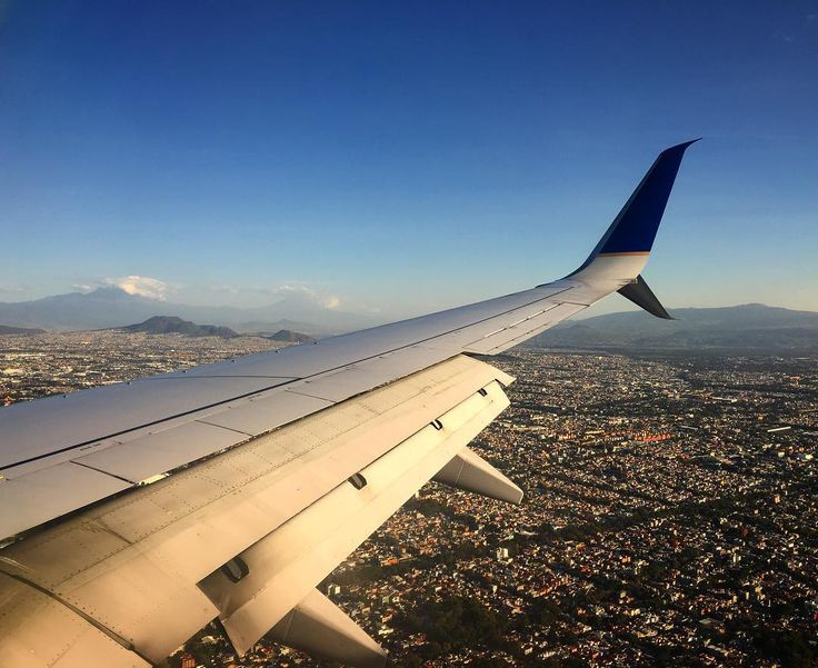 Obligatory wing pic. Mexico City is a pretty exotic spot for an Irish Dance cmpetition. . . #mexicocity #mexico #weekend #weekendwarrior #musicianlife #musician #feis #irishdance #feis