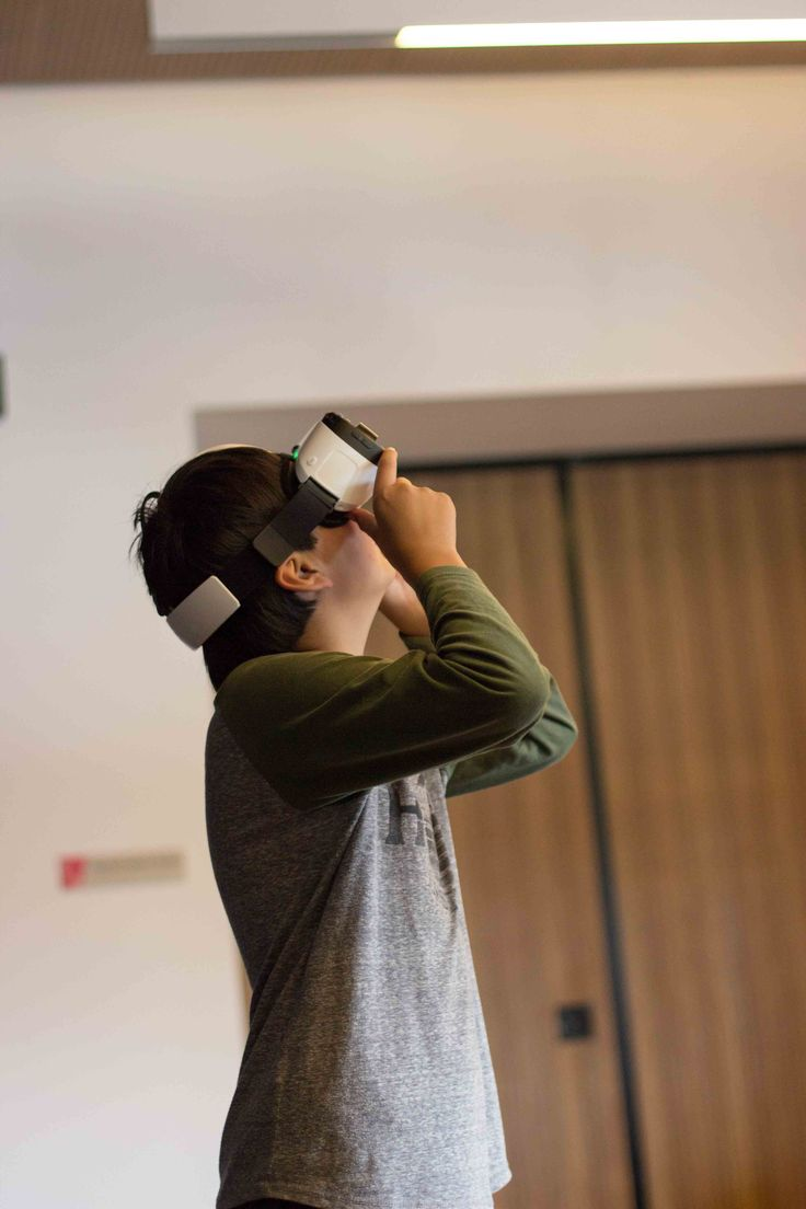 Virtual Reality (VR)  Makerspace Library at The Dock