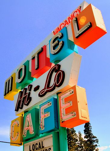 Neon Sign photo by Dan Knauss
