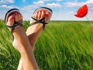 Remèdes naturels contre la transpiration des pieds et des mains