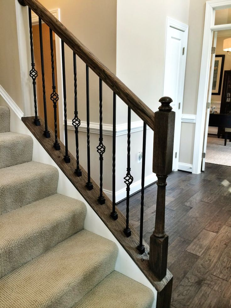 Ryan Homes Build - love the metal balusters