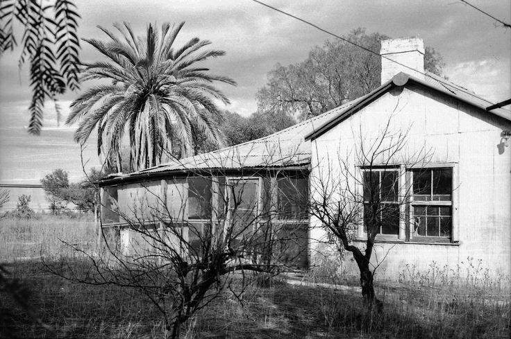 https://flic.kr/p/H8B5Lf | Abandoned Australian Homes