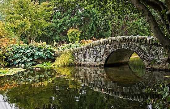 Stone bridge found in queenstown botanic gardens new for Garden design queenstown