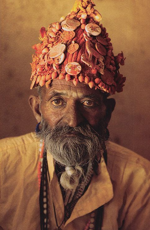 Paras the magician, Rajasthan, India by Steve McCurry.