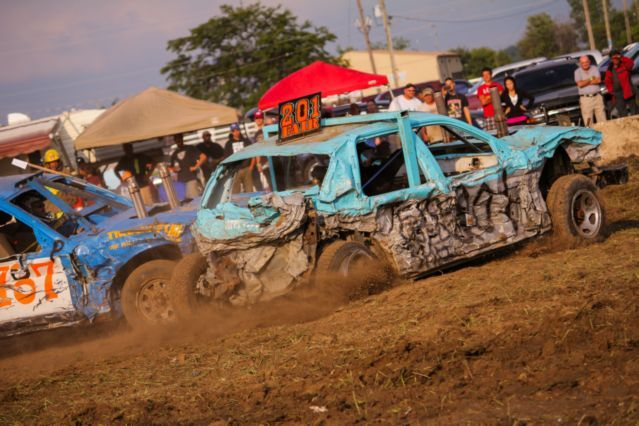 demolition derby | Dresden Demolition Derby is ready to roll