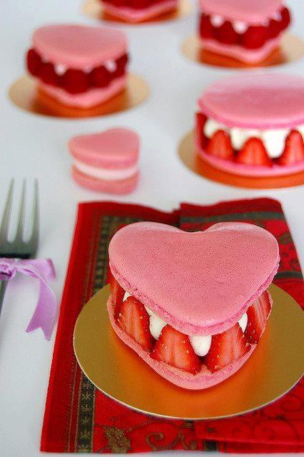 Hearts, aardbeien, nomnom, roze, hartjes