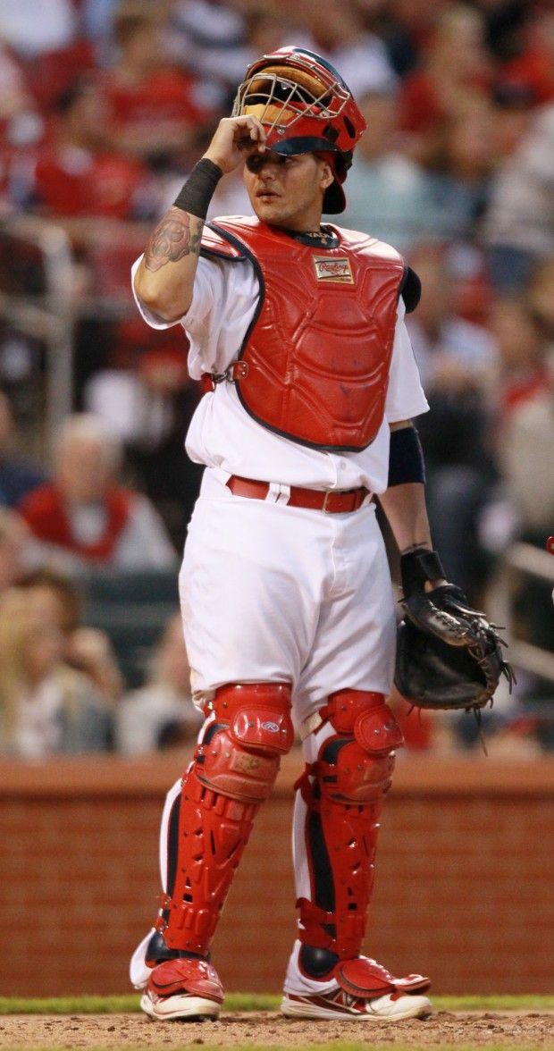 Yadier Molina Catching 2013 St. Louis Cardinals ca...