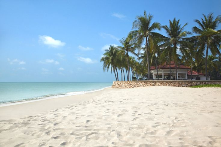 Thailand is friendly to every travel budget size.  For the larger wallets: Luxury Thailand Resort – Dusit Thani Hua Hin