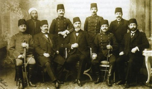 """Modern dönemin ilk askeri darbesi - the first military coup in the Turkish history happened in 1913 in the Ottoman Empire. It was called """"Bab-i Ali Baskını"""" these are the actors of the coup. The one sitting in the middle was the forceful pasha of the time, named Mahmut Şevket Pasha"""