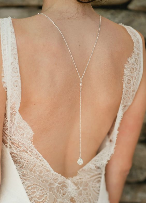 29 Back Wedding Necklaces – The Hottest Trend Right Now: #21. Long chain necklace with a crystal charm