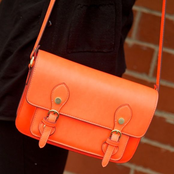 neon orange bag Crossbody, adjustable straps, colorful lining. Used once Steven by Steve Madden Bags