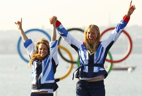Hannah Mills (left) just missed out on gold but claimed a triumphant silver in the Women's 470 Class with sailing partner Saskia Clark.  (www.walesonline.co.uk)