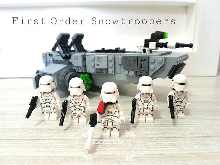First order snowtroopers squad #starwars #lego #legostarwars #stormtrooper #snowtroopers #legostormtrooper #theforceawakens #rogueone #juallego #jualanku #juallegominifigure #juallegoori #stormtrooperminifigure #toys #hobby #bandungbricks #legobandung #firstordersnowtroopers #firstorder
