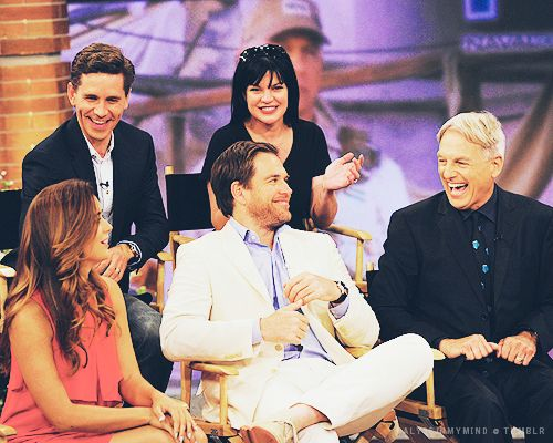 Raise your hand if you want more interviews with the (almost) entire cast of #NCIS? Cote de Pablo, Michael Weatherly, Mark Harmon, Brian Dietzen, and Pauley Perrette on The Talk, 5/14/13