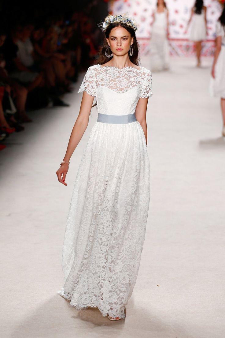 Lena Hoschek  ss-2016_fashion-week-berlin_de_lena-hoschek_56135