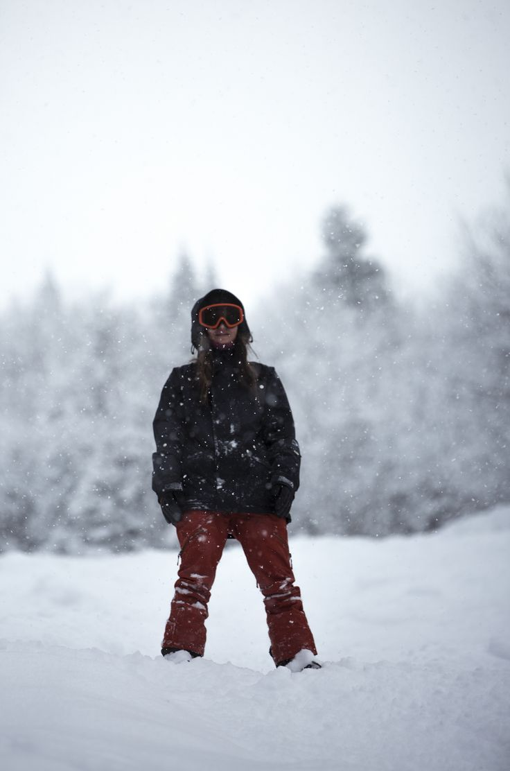 Snow day at Mont Miller, QC.   #snowboarding #snow #winter #snowing #photography #lifestyle #girl #adventure