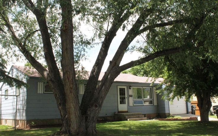 This home at 695 N 9th St in Lander has plenty to offer, including a new roof, mature landscaping, hardwood floors, and a $5,000 allowance with an acceptable offer! Call Wind River Realty at 307-333-0799 to learn more!