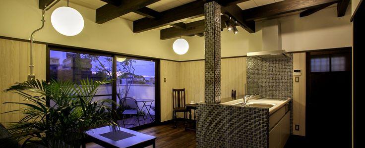"""""""終の棲家""""となりうる家を作りたい。お寺、神社、町家等が暮らしの一部として連なる京都において「古き良きものを再生し、今の時代のものと共存させる」「復古創新」が町家づくりのキーワードです。"""