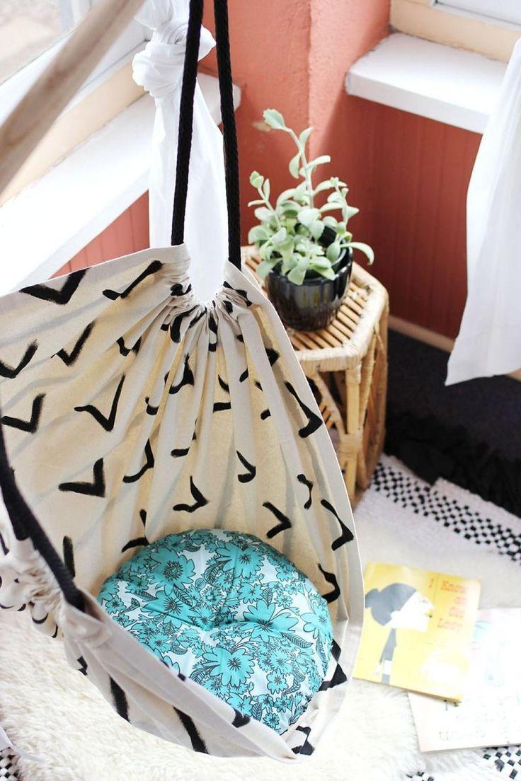 Comment fabriquer une chaise hamac à partit dun bout de tissu en forme de trapèze