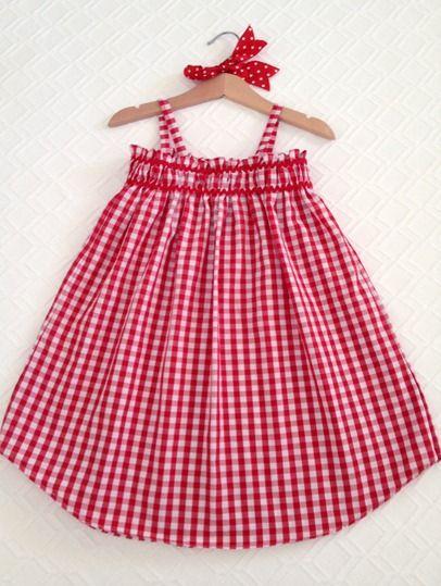 Diy vestido de niña de una camisa de hombre, de Cande Cosas.
