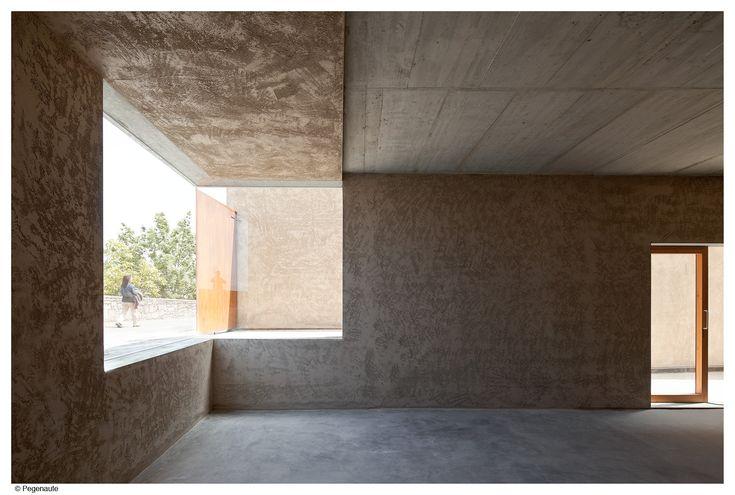 Pereda Pérez Arquitectos > Edificio de viviendas en la calle Descalzos, Pamplona.   HIC Arquitectura