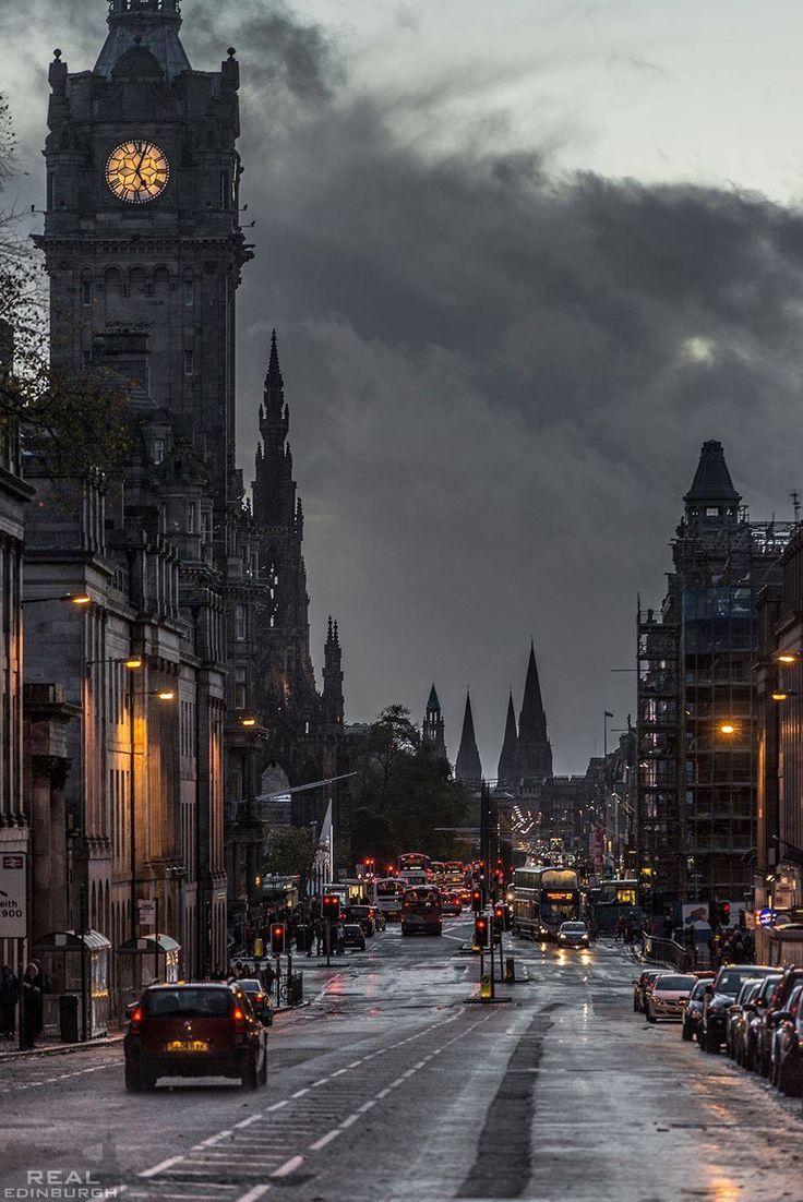 Winter twilight | Edinburgh | Scotland: