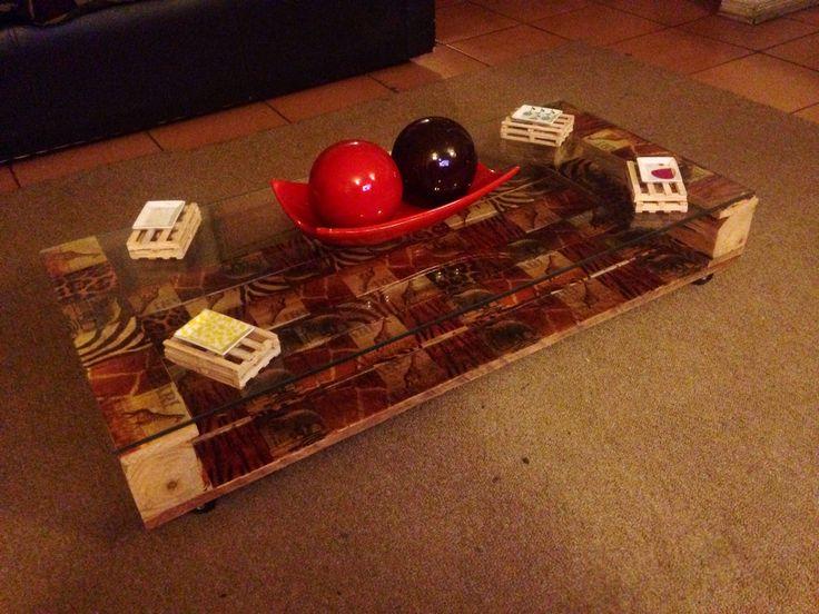 Decoupage y pallets, novedoso no? Diseño exclusivo, lo mejor? CHILENO! :)