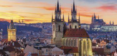 Travel: populaire steden waar je voor een prikkie heen vliegt – Manners Magazine
