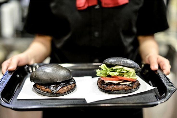 #Panenero, negli #hamburger è Trend, ma da cosa è composto? http://magazine.newitalianburger.it/pane-nero-negli-hamburger-trend-cosa-composto/