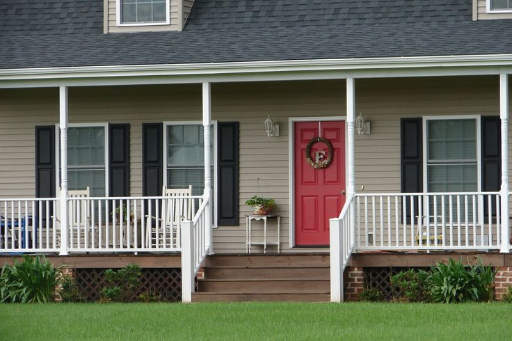 13 best images about siding and door color schemes on for Tan siding shutter color combinations