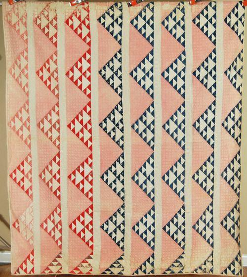 UNUSUAL Vintage 1890's Sawtooth Pyramids Antique Patchwork Quilt ~NICE FABRICS!