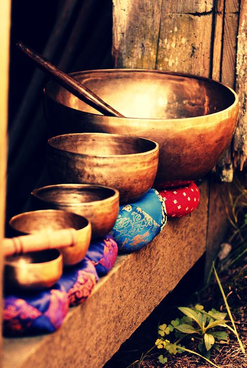 Magical sound of Tibetan bowls