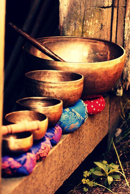 Magical sound of Tibetan singing bowls - rich tones, rich vibe, rich patina