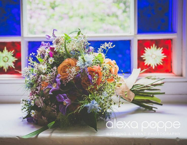 Rustic bouquet for a Boho wedding     ❤